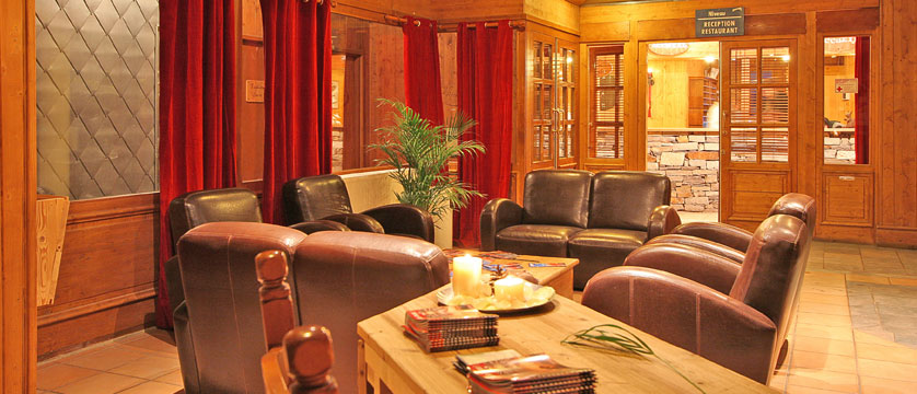 France_La-Plagne_Hotel-Des-Balcons-Belle-Plagne_Reception.jpg